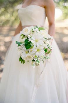 Wedding-flowers-Woodland-cover-3