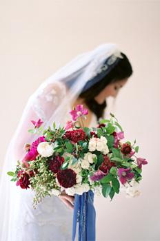 wedding-flowers-sarah-cover